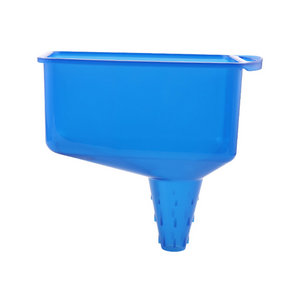 QM SQUARE OIL FUNNEL Plastic Motor vehicle oil filling funnel