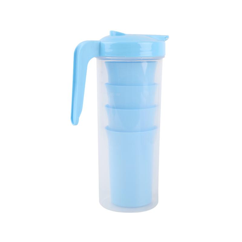 QM 1.2L hot sale BPA free custom logo plastic beer pitcher with lid