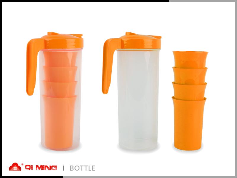 Plastic separable bottle